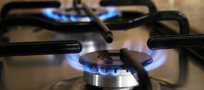 My Gas Stove Igniter Keeps Clicking: What Should I Do? | ABC