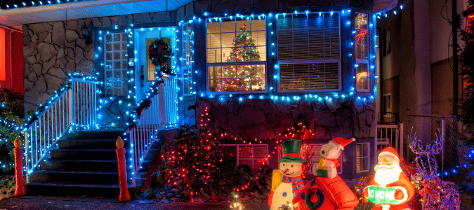 How to outline windows with Christmas lights
