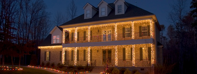 A house decorated by ABC holiday lighting experts