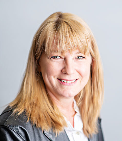 Charlotte MacInnes QA Manager, QA Department ABC Dallas