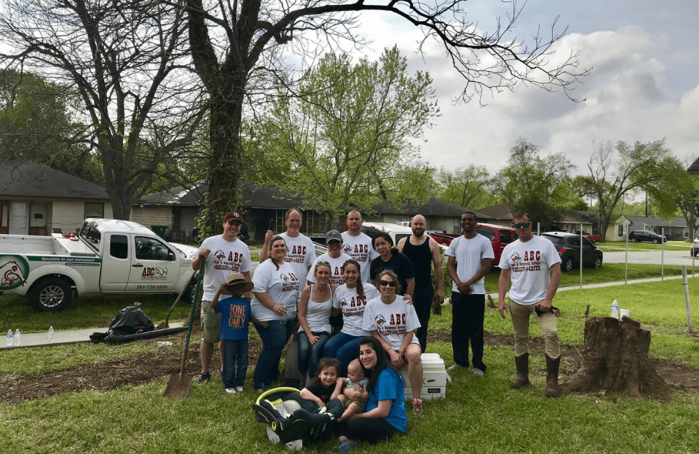 a group of ABC employees volunteering
